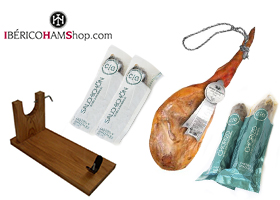 Fantástica cesta con Jamón y Charcutería Gourmet